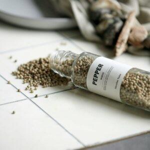 NV-hvid peber miljøbillede 2
