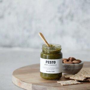 Nicolas Vahé pesto med basilikum og parmesan miljøbillede 1 (1)